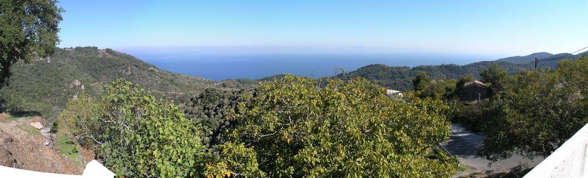 Blick von Manolates in nordöstlicher Richtung
